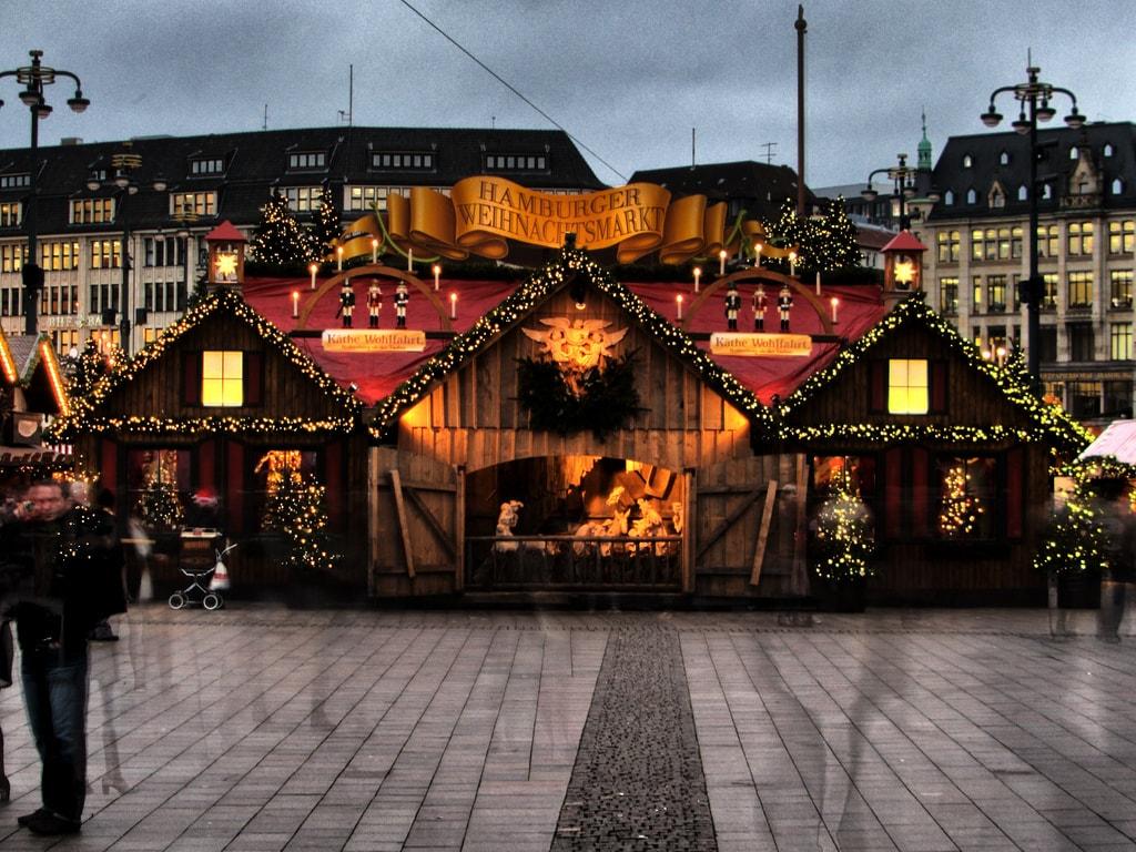 Weihnachtsmarkt Eröffnung Hamburg.Weihnachtsmärkte In Hamburg Glühwein Marsch Univativ