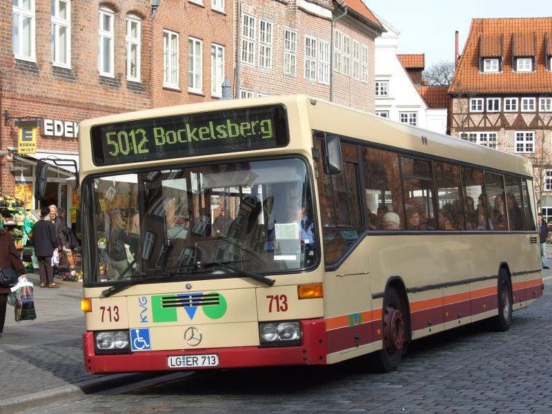 Hier Ist Der Bus Mit Den Leuten Die Das Interessiert