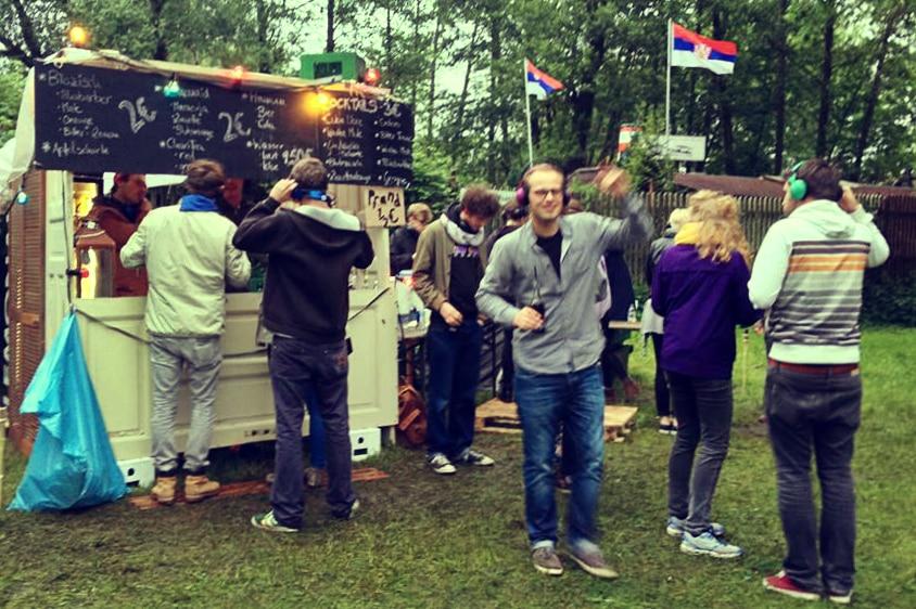 So war das Silent Open Air – UnivativOnline testete Lüneburgs erste Kopfhörerparty