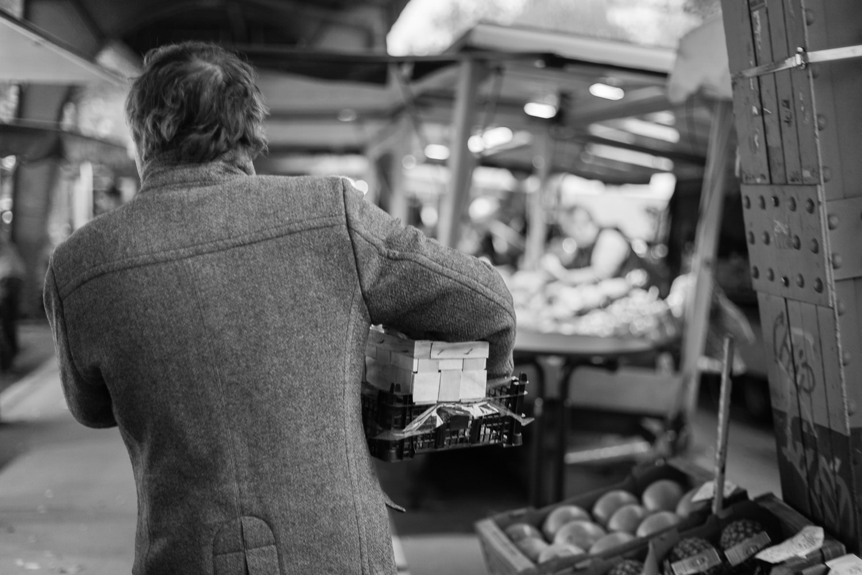 Hier bekommt Stevan das gute Zeug: auf dem Wochenmarkt / (c) Foto: Christoph Ewering