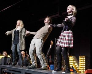 Mit viel Spaß dabei: Die Darsteller des vergangenen Musicals/ (c) Foto: Rent
