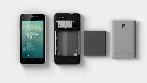 Das Fairphone auseinandergenommen: alle Bestandteile sind fair produziert. / (c) Fairphone