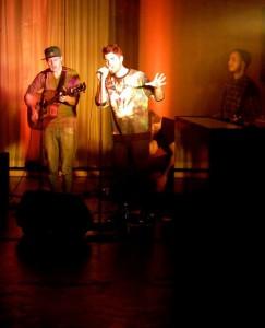 Die Jungs von Crown and Anker zu Beginn des Abends / (c) Foto: Pia Köber