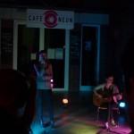 Kraftvolle Balladen von Queens Avenue vor Café 9 / (c) Foto: Pia Köber