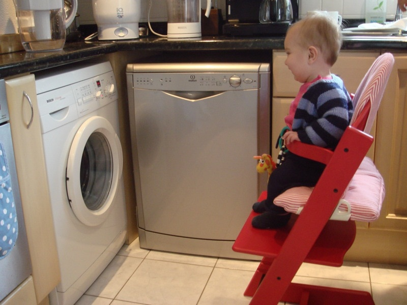 Waschmachine und Autor (rechts) / (C) flickr - Dan Germain