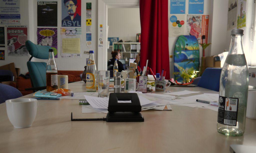 Wir schleusten unsere Autorin ins AStA-Büro ein / Foto: Kim Torster