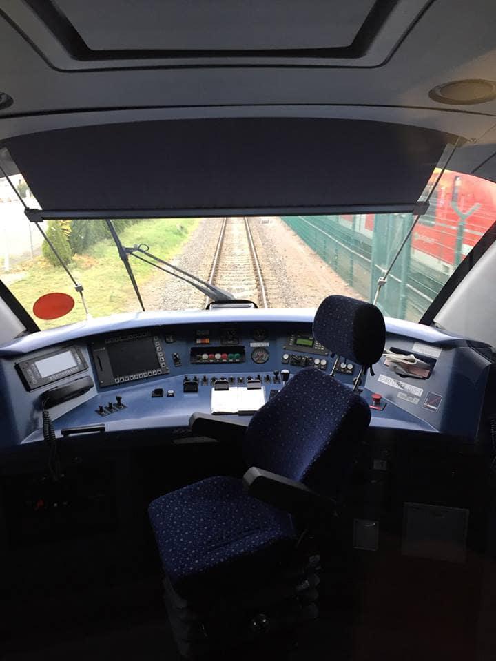 Führerstand der DB 642 Baureihe / (C) Christopher Bohlens