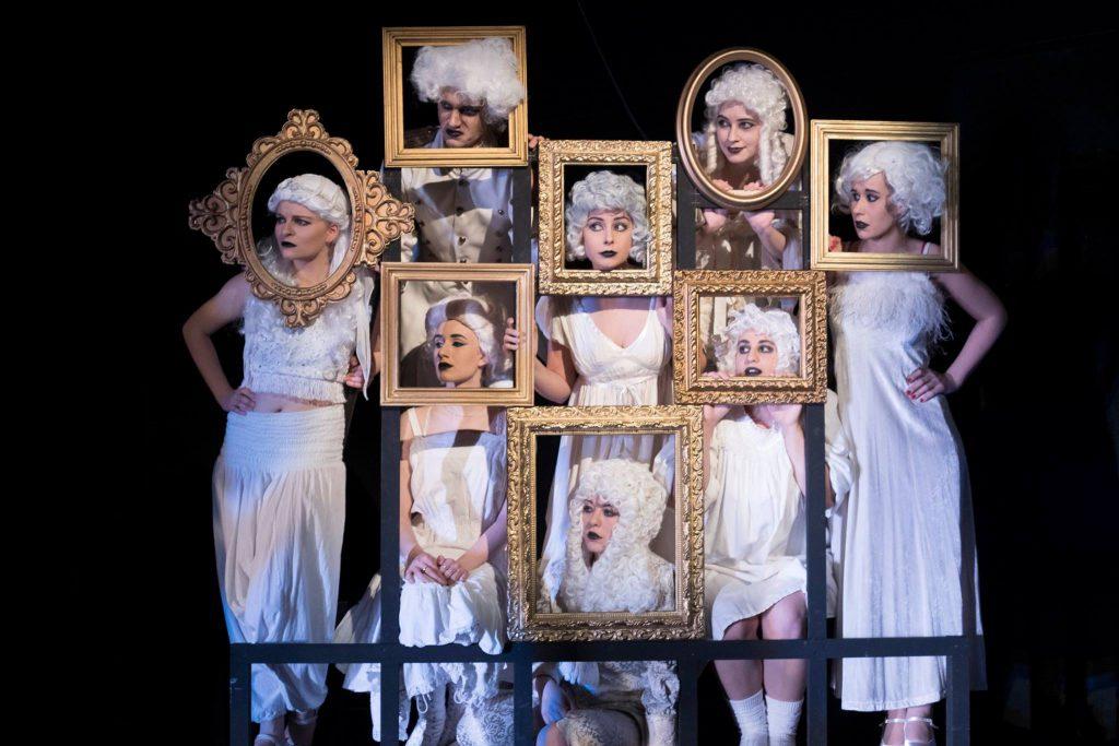 Zu Besuch bei der Addams-Family – Theaterkritik zum neuen Studimusical