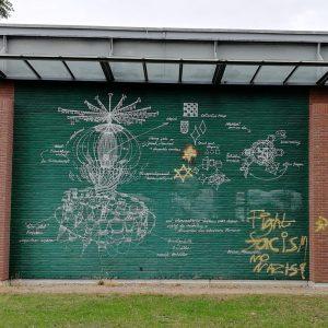 """""""Hakenkreuz"""" übermalt - Kunstwerk auf dem Campus umgestaltet"""