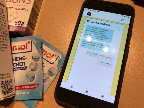 Leuphana-Alumnus entwickelt Gesundheitsapp – Der Chatbot gegen Corona