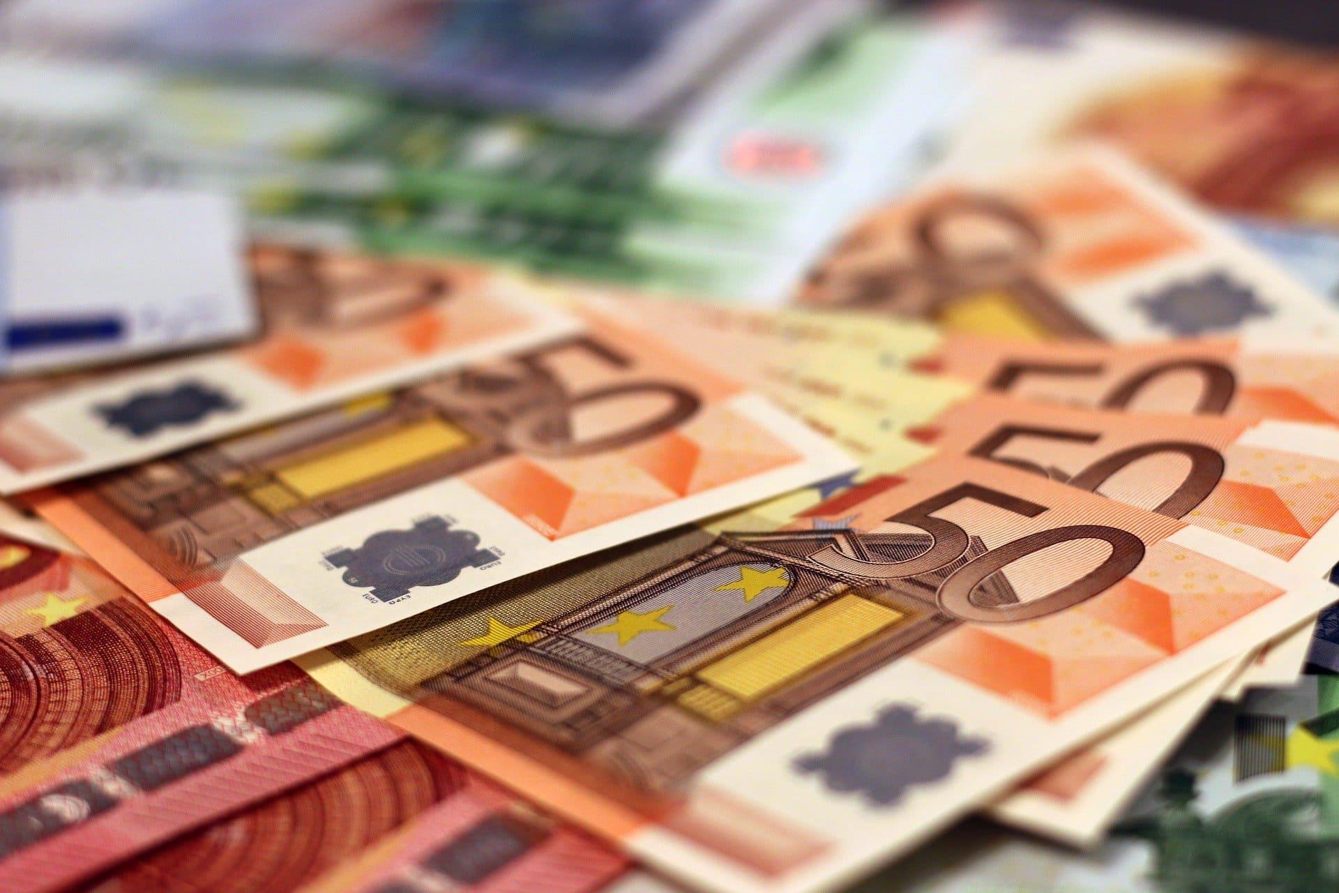 Geld Geldscheine Euro Banknote Papiergeld Schein - (c) Pixabay
