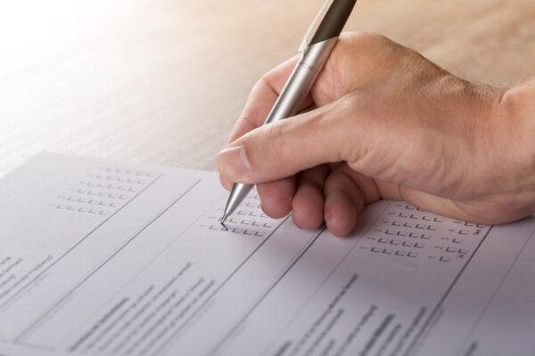 Umfrage Meinungsforschung Befragung Voting - (c) Pixabay