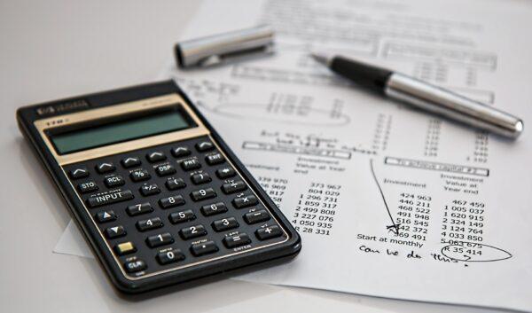 Rechner Berechnung Versicherung Finanzen - (c) Pixabay