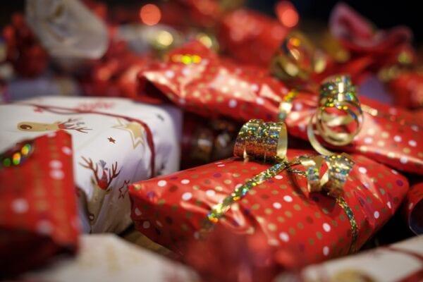 pexels - Bruno - Weihnachtsgeschenke