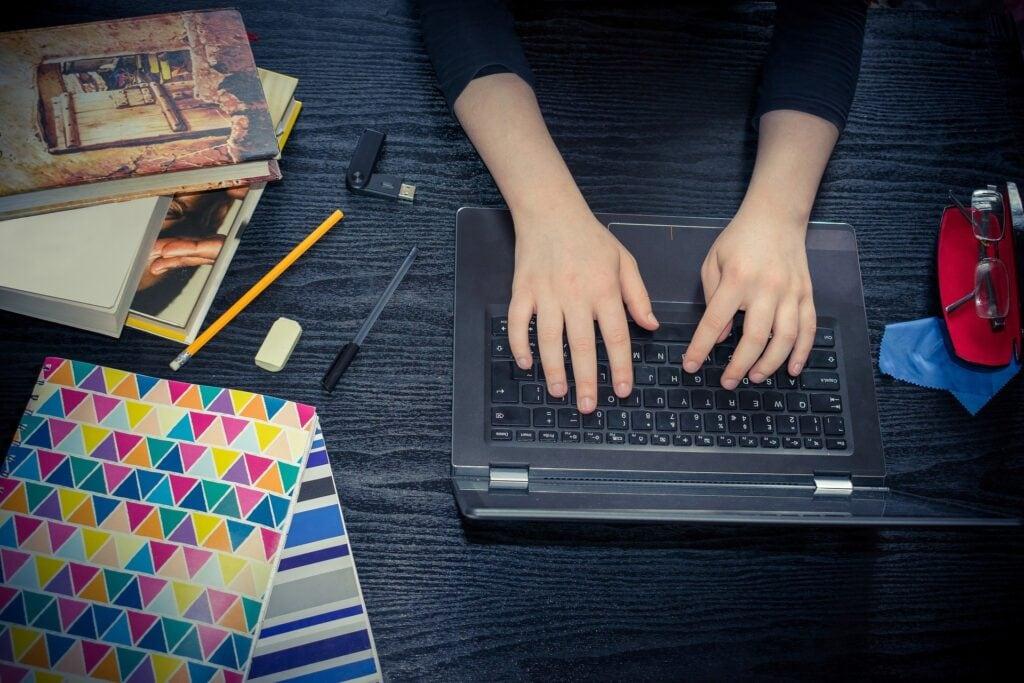 Ergebnisse zur Umfrage Prüfungsleistungen im digitalen Semester