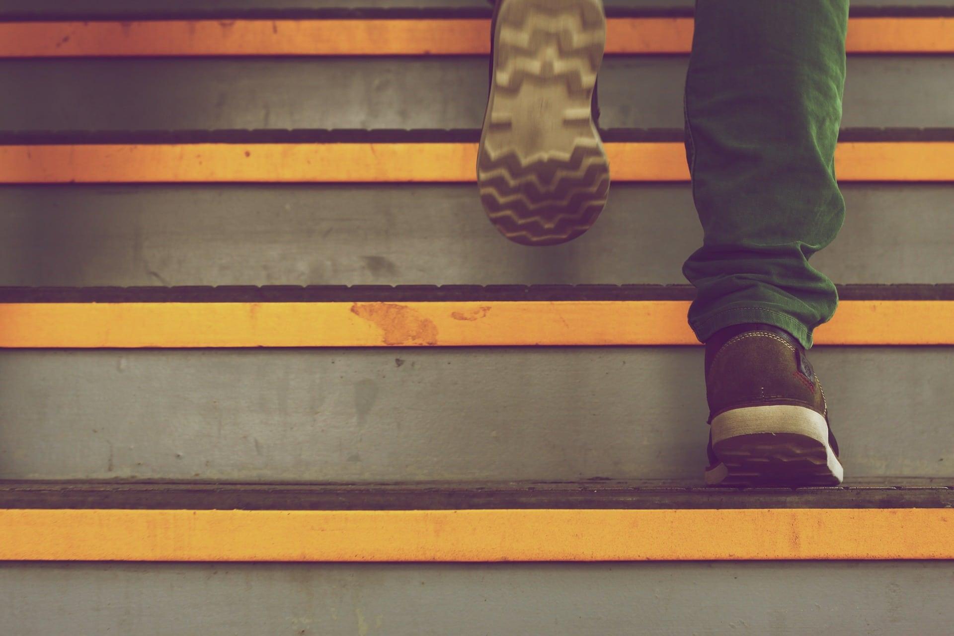 Schritte Treppe Bis Treppenhaus Leistung Zukunft - (c) Pixabay