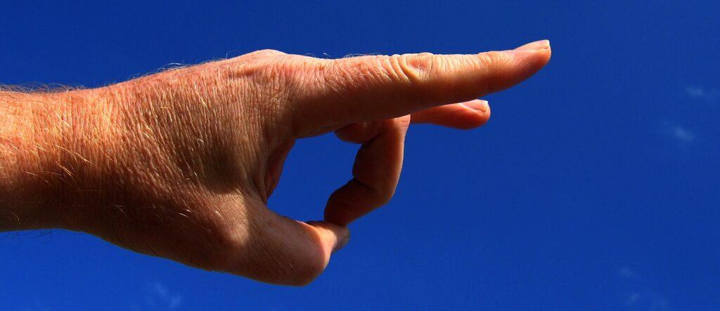 Hand Finger Schnippen Schnipsen Rausschmeißen - (c) Pixabay