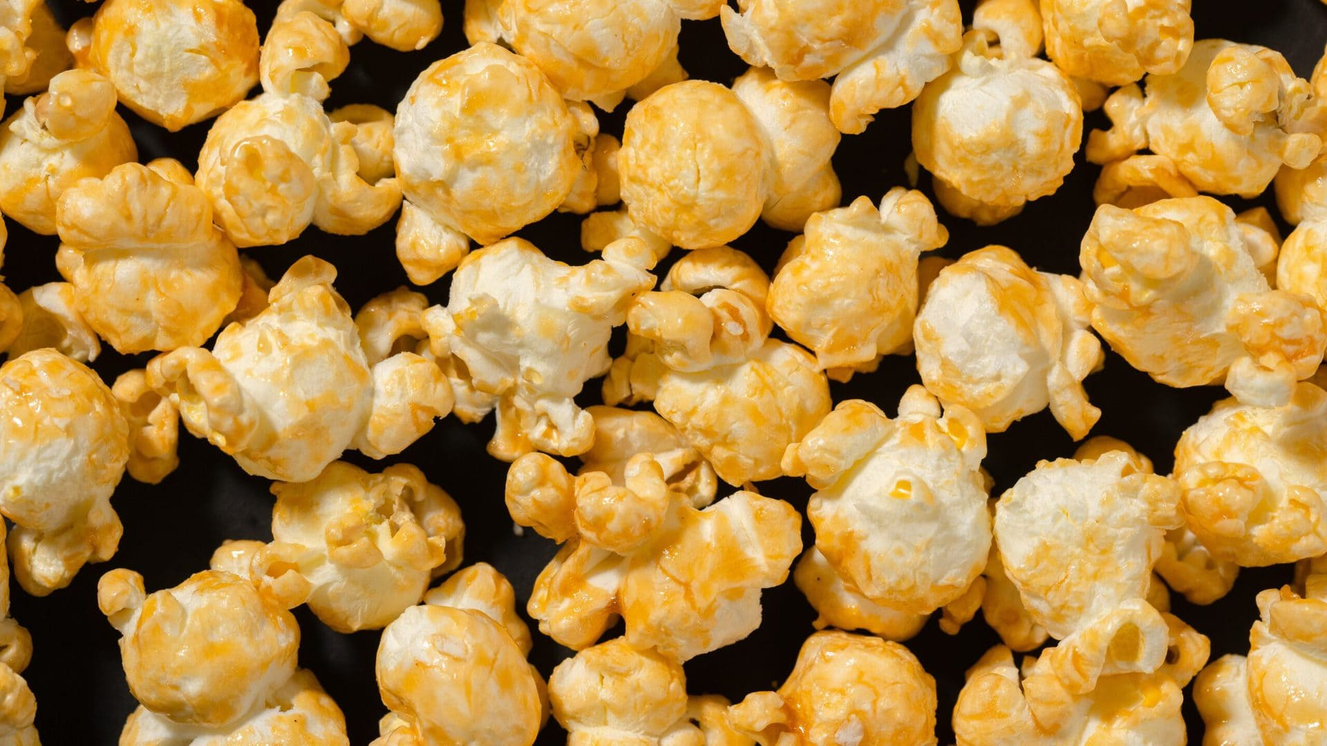 pexels - Popcorn - (c) Mikhail Nilov